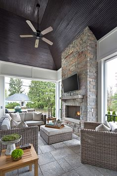 Awesome Porch Design Ideas With Fireplace Really Really Love - Our 7 screened porch options are selected to satisfy your specific requirements be it cost, comfort, or style. A screen porch is one of the easiest wa. Porch Fireplace, Outdoor Fireplace Designs, Fireplace Glass, Outdoor Gas Fireplace, Outdoor Living Rooms, Outdoor Spaces, Ideas Terraza, California Room, Three Season Room