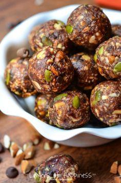 Best Almond Energy Balls Ever