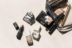 The Fashion Week Essentials / Garance Doré