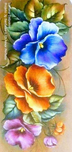 Painting Patterns, Fabric Painting, Artist Painting, Floral Painted Furniture, Rose Sketch, Fabric Paint Designs, Color Magic, Country Crafts, Leather Flowers