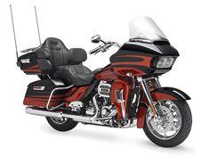 2015 Harley-Davidson FLTRUSE CVO Road Glide Ultra Review
