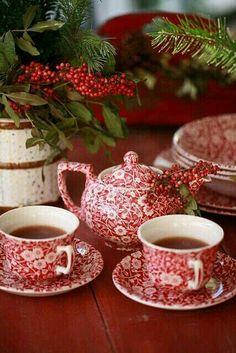 Such a pretty tea set