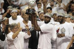 #MiamiHeat is only 1 of 3 teams to win 4 STRAIGHT Conference Titles! ... Via @pbpsports Ladies and gentlemen, your 4-time defending Eastern Conference champs http://pbpo.st/RNlobx
