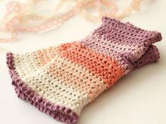 DIY Crochet Handwarmer Patterns {7 Free Designs} - EverythingEtsy.com