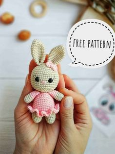 Crochet Bunny Pattern, Crochet Amigurumi Free Patterns, Crochet Animal Patterns, Crochet Bear, Crochet Dolls, Free Crochet, Knitting Patterns, Poncho Patterns, Crochet Vests
