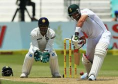 A teary Jacques Kallis struck an emotional farewell century at Kingsmead in his final Test to become the third highest Test run-scorer. Watch Live Cricket Streaming, Live Football Streaming, Epl Live, Final Test, Finals, South Africa, India, Gallery, Sports