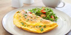 Η ομελέτα ακόμη και τα βράδια του lockdown παραμένει το πιο αγαπημένο εύκολο βραδινό. Οι συνταγές άπειρες. | GASTRONOMIE | iefimerida.gr | συνταγή, ομελέτα, αυγά, υλικά, εκτέλεση What's For Breakfast, Low Carb Breakfast, Breakfast Dishes, Breakfast Recipes, Omelettes, Biryani, Ways To Cook Eggs, Veggies, Colorful Vegetables