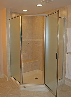 Bathroom Corner Showers corner shower with glass tile privacy window | salle de bain