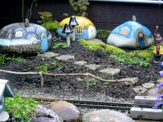 English country garden........ in Canada  Painted rocks  cute!