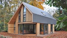 Recreatiewoning Eefde BONGERS architecten bnaBONGERS architecten bna Modern Wooden House, Modern Barn House, Rosedale House, Small Cottage Designs, A Frame House Plans, House Cladding, Dome House, Tiny House Cabin, Cottage Exterior