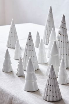 Søstrene Grenes Christmas Catalogue 2016 // Christmas trees in white porcelain // Home decoration // Winter wonderland