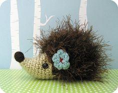 Hedgehog Crochet Amigurumi Pattern by Amy Gaines    http://www.ravelry.com/patterns/library/hedgehog-crochet-amigurumi-pattern