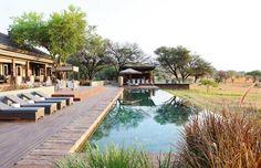 Singita Serengeti House is a hilltop luxury safari hotel in the Serengeti. Bali Resort, Infinity Pools, Bungalows, Bora Bora, Santorini, Boulder Lodge, Beste Hotels, House Deck, Das Hotel