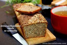 Žitno-pohankový chléb se semínky bez hnětení je nadýchanou variantou i pro úplné začátečníky. Peče se ve formě. Tasty, Yummy Food, Bread And Pastries, Banana Bread, Cooking Recipes, Homemade, Vegan, Desserts, Diet