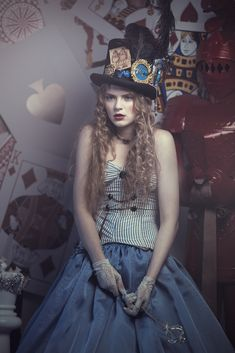 Amazing Alice in Wonderland cosplay