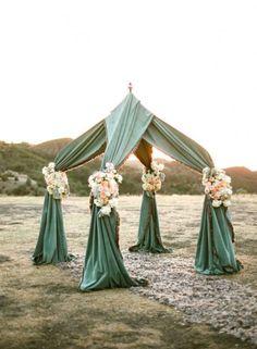 25 Unique And Special Wedding Tents Ideas | Weddingomania