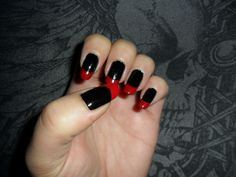 These were my 2011 Halloween nails