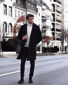 Wonderful Men Winter Outfit Ideas is part of Mens winter fashion - Men's winter wear is no more a protection garment but a style statement Gone are the days of a simple […] Casual Wear For Men, Casual Winter Outfits, Outfit Winter, Men Style Casual, Winter Wear Men, Mens Style Winter, Mens Winter Clothes, Winter Street Style Men, Mens Boots Style