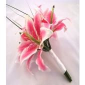 Incorporating beargrass and stargazer lillies into the bridesmaid bouquet