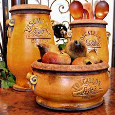 studio wellspring: accents of salado Rustic Italian Decor, Italian Farmhouse, Italian Home, Italian Style, Tuscan Style Homes, Tuscan House, Tuscany Decor, World Decor, Under The Tuscan Sun