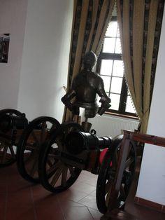 #magiaswiat #golubdobrzyn #podróż #zwiedzanie #europa #blog #miasto #krzyzacki #zamek #polska Cannon, Guns, Blog, Europe, Weapons Guns, Blogging, Revolvers, Weapons, Rifles