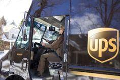 La stampa 3D rivoluziona le spedizioni. Così UPS ora fa anche il produttore e l'assemblatore Business, Store, Business Illustration