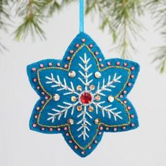 Felt Star Snowflake Ornaments Set of can find Felt christmas decorations and more on our website.Felt Star Snowflake Ornaments Set of 3 Felt Christmas Decorations, Christmas Ornaments To Make, Christmas Sewing, Felt Ornaments, Handmade Christmas, Holiday Crafts, Snowflake Ornaments, Beaded Ornaments, Christmas Felt Crafts
