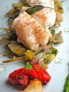 FeelCook cucina per passione: Rana pescatrice ai carciofi FeelCook cooks for passion: Monkfish with artichokes Italian Main Courses, Oriental, Aesthetic Food, Antipasto, Italian Recipes, Potato Salad, Seafood, Food And Drink, Lose Weight