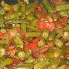 Cajun and Creole Recipes Food Dishes, Side Dishes, Okra And Tomatoes, Southern Dishes, Creole Recipes, Green Bean Recipes, Stuffed Green Peppers, Us Foods, Soul Food