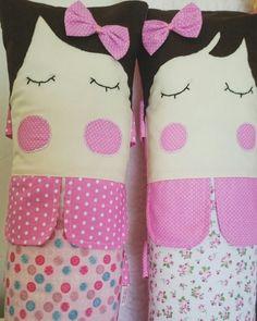 Bonecas protetores cinto de segurança by ENTRE LINEAS                                                                                                                                                                                  Mais