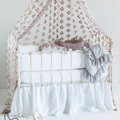 Bella Notte Crib Set 3-piece Pennelope. 20% off Bella Notte bedding and lines now thru 10/15 with code BELLA20! #laylagrayce #bellanotte
