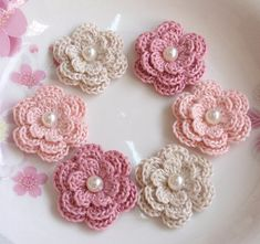 6 Crochet Flowers With Pearls In Cream Lt pink Dusty by YHcrochet, $5.40