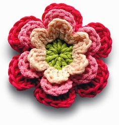 Crochet Flowers Easy Crocheted Flowers , Free Crochet Colorful Flowers Pattern - So check out these 22 easy crochet flower patterns for the beginners and get yourself busy with the nice and easy crochet practice. You can use these lovely Crochet Flower Tutorial, Crochet Motifs, Crochet Flower Patterns, Love Crochet, Knit Or Crochet, Crochet Crafts, Crochet Projects, Learn Crochet, Pattern Flower