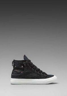 5dc433cc988c1e 8 Best Shoes images