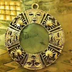 Shop Women's aztec size Jewelry at a discounted price at Poshmark. Aztec Jewelry, Face, Fashion Design, Vintage, Accessories, Things To Sell, Faces, Primitive, Facial