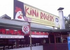 Listed here are ten of the funniest Pinoy business names that exist around the metro and Philippine provinces. Memes Pinoy, Memes Tagalog, Tagalog Quotes, Funny Instagram Pictures, Funny Pictures, Funny Signs, Funny Memes, Jokes, Filipino Funny