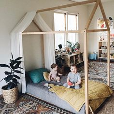 still guest posting over at @noblecarriage today! i'm sharing a bit about how we incorporate montessori at home which includes things like this diy floor bed we made! head over to their feed to see more. #nobleXcalivintage #noblebabe
