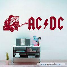 """""""AC-DC"""" los hermanos Young y el resto de integrantes han dado lugar a muchas imágenes míticas que les han ido convirtiendo en iconos del rock. Brian Johnson junto a Angus Young. Se entrega en una pieza de 200x56 cm #retovinilo #vinilosdecorativos #vinilo #musica #acdc"""