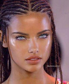 Girl Face, Woman Face, Adriana Lima Face, Adriana Lima Makeup, Pretty People, Beautiful People, Beautiful Eyes, Beautiful Clothes, Pretty Face
