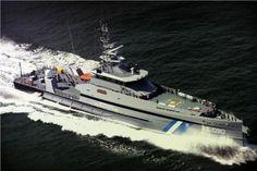 EΛΛΗΝΙΚΗ ΔΡΑΣΗ: Σύμφωνα με τον Π.Κουρουμπλή Στις 55.000 ευρώ το κό... Boat, Vehicles, Dinghy, Rolling Stock, Boats, Vehicle, Ship, Tools