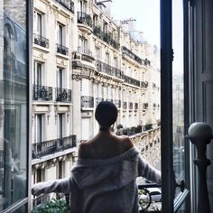 """stylishblogger: """" Last full day here in Paris! Enjoying every last minute of it  by @chrisellelim """""""