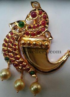Jewellery Designs: Cabochon Rubies Peacock Pendant