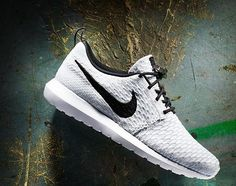 "Nike Roshe Run Flyknit ""Wolf Grey"""