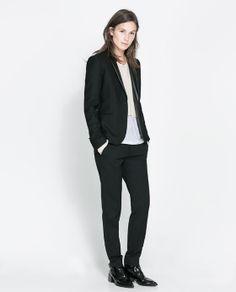 Zara, smoking jasje, pak voorbeeld jasje combineren met ruiten pantalon of op jeans met wit overhemd.