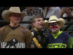 TOP RIDE: Jess Lockwood rides Baton Rouge for points in Round 1 at the 2017 Built Ford Tough Series in Sacramento. About the Professional Bull Riders, I. Cowboys Today, Rodeo Cowboys, Hot Cowboys, Baby Cows, Baby Elephants, Giraffes, Jess Lockwood, Top Ride, Cute Baby Animals