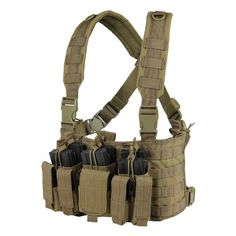 Condor Recon Chest Rig (Tan) -Three BUILT IN stackerKangaroo type mag pouch, will hold six mag and six pistol mag -Swivel Push-Button release buckle -Padded cross-back shoulder strap Tactical Duffle Bag, Airsoft Tactical Vest, Tactical Packs, Condor Tactical, Tactical Survival, Survival Gear, Chest Rig, Best Plate Carrier, Military Guns