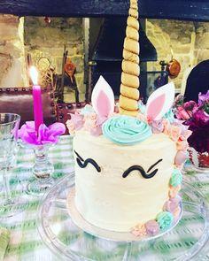 My surprise unicorn cake! Vintage Boutique, Unicorn, Alice, Vintage Fashion, Birthday Cake, Desserts, Food, Tailgate Desserts, Deserts
