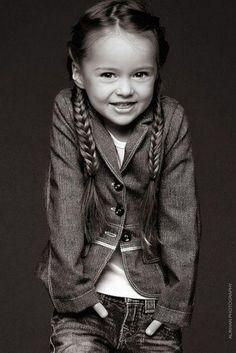 Dünyanın En Küçük Mankeni; Kristina Pimenova