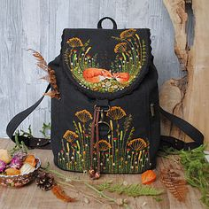 Backpacks in the Julia Linen tale online store Embroidery On Clothes, Embroidery Art, Embroidery Stitches, Embroidery Patterns, Sewing Patterns, Cross Stitches, Stitch Patterns, Diy Clothes, Needlework