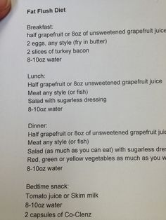 Fat flush Diet: I've done this before. It works well if you stick to it and it sucks the first few days. NOT A LONG TERM DIET! It's better for loosing those last few pounds before a big event or something. Detox Cleanse For Weight Loss, Body Detox Cleanse, Week Long Detox, Fat Flush Diet, Fat Flush Water, Grapefruit Diet, Heath And Fitness, Healthy Detox, Healthy Food
